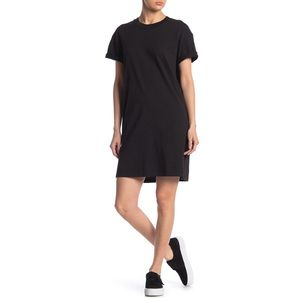 Madewell | M2242 Black T-Shirt Dress
